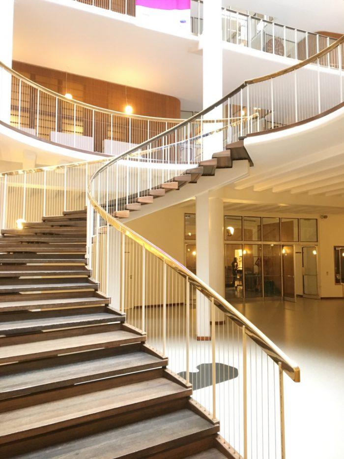 オーフス市庁舎の階段