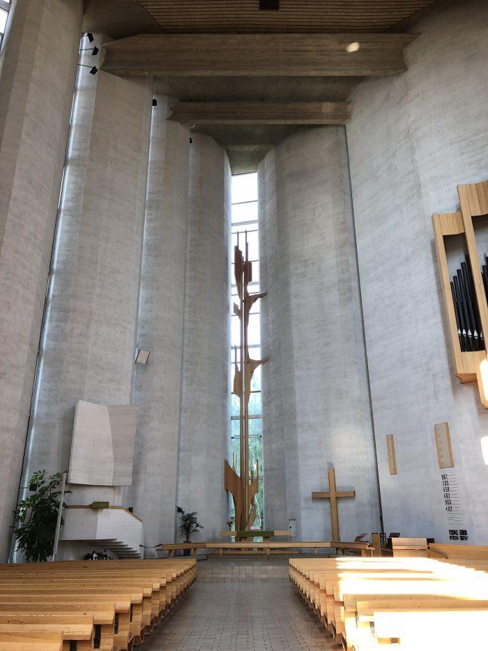 カレヴァ教会の中