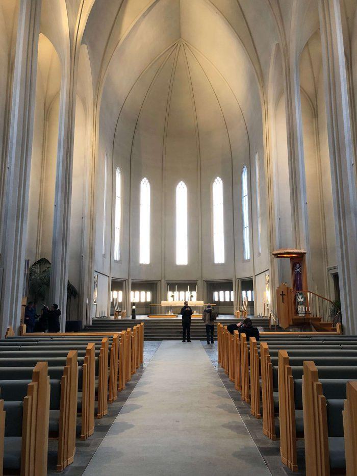 アイスランド最大の教会「ハットルグリムス教会」