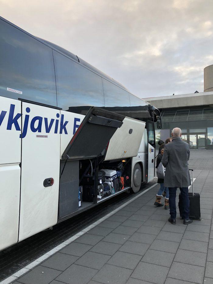 flybusに乗り込む