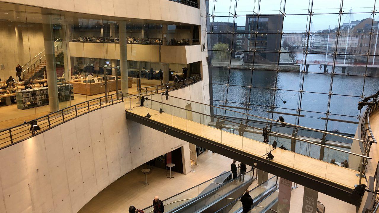 【ブラックダイヤモンド】デンマークの王立図書館へ行ってきました