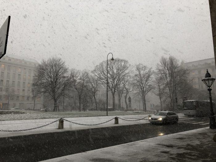 吹雪くウィーン