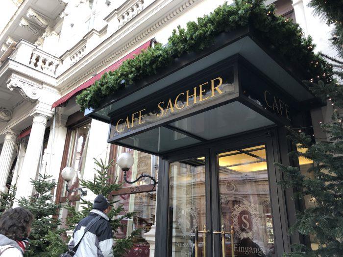ウィーンの名店、「CafeSacher」