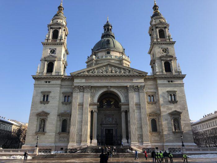 ブダペスト最大の教会、聖イシュトヴァーン大聖堂。