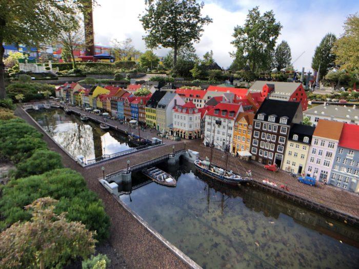 ニューハウン(コペンハーゲン)をレゴで再現